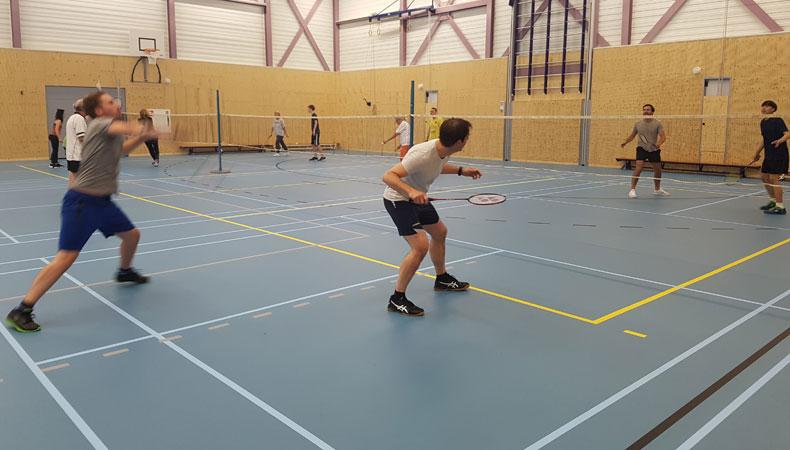 Badminton Abcoude speelt sinds de opheffing van de lockdown in de nieuwe Kees Bon-zaal in Sporthuis Abcoude © Nico van Dijk